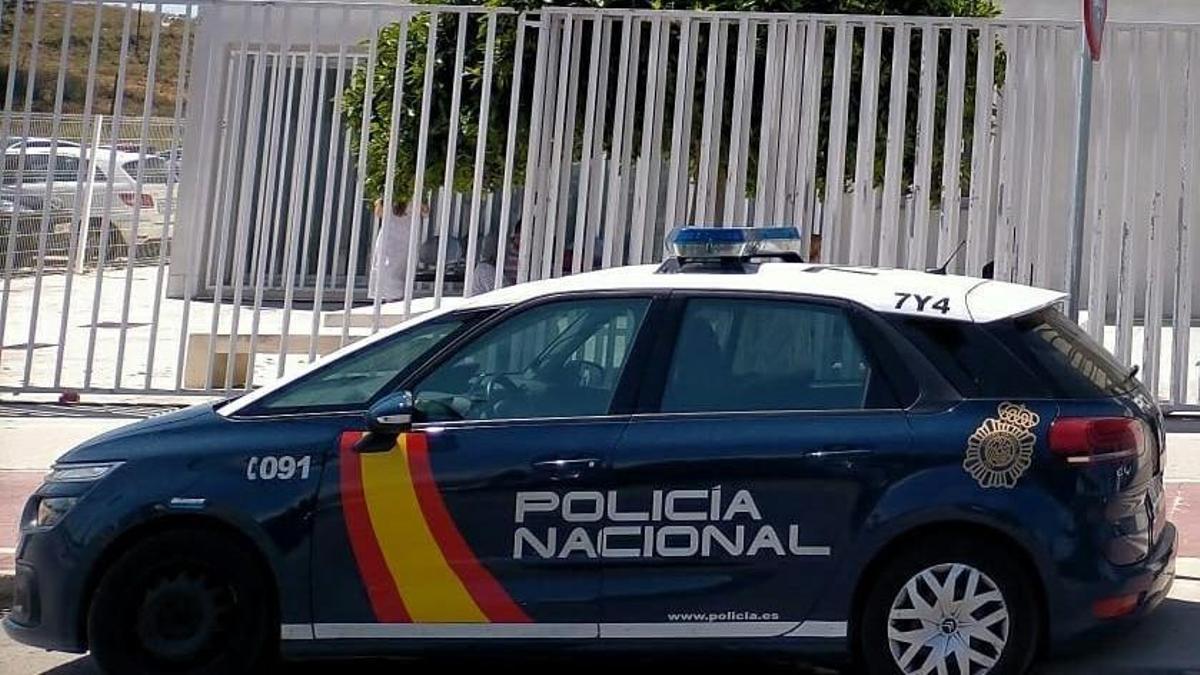 Vehículo de la Policía Naciona.