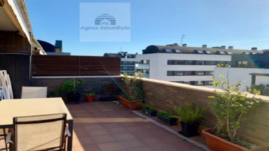 ¿Buscas ático de dos habitaciones en Gijón? Lo tenemos