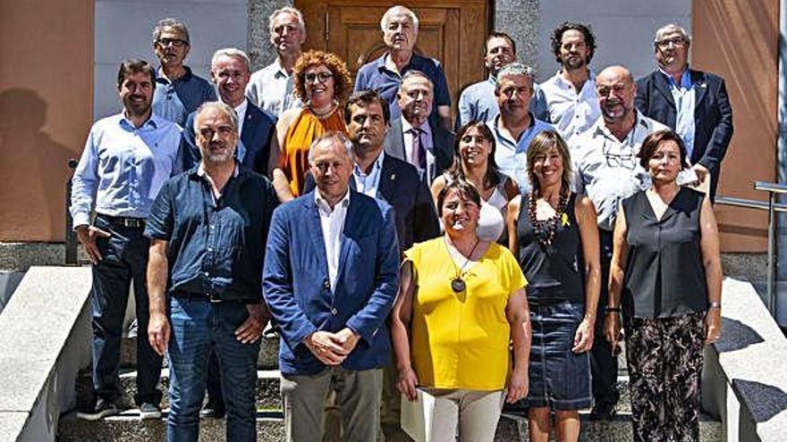 Una escisió d'ERC presenta un candidat alternatiu a l'ens cerdà i governarà amb JxCat
