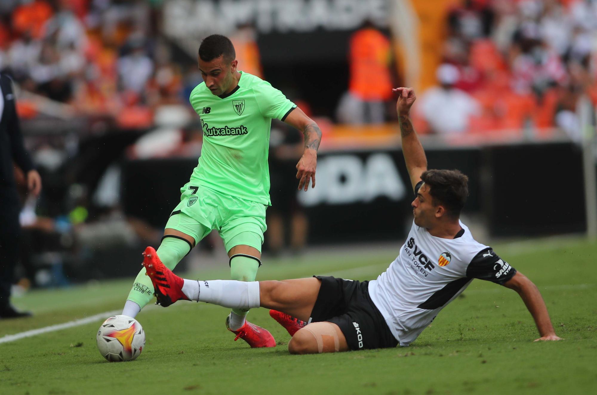 Partido de Liga entre el Valencia CF y el Athletic de Bilbao