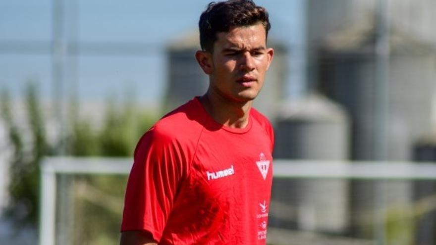 El Don Benito disputa frente al Badajoz su primer amistoso