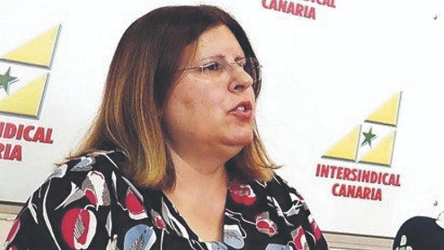 """Catalina Darias: """"Hay zonas que tardan 12 días en hacer PCR a contactos estrechos"""""""