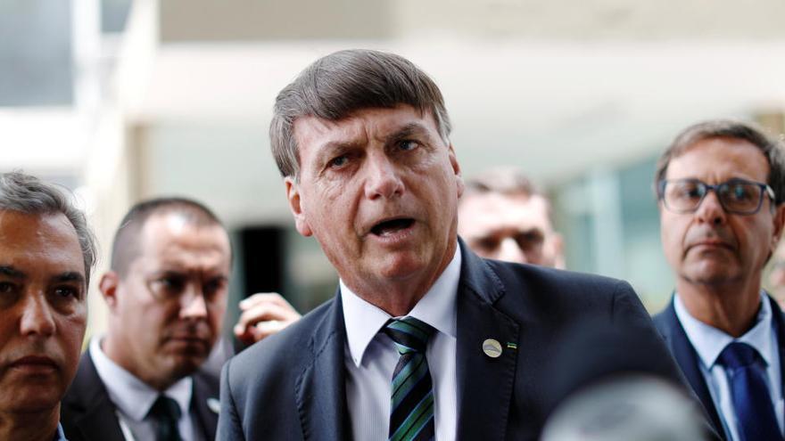 Bolsonaro critica el confinamiento mientras los contagios se descontrolan en Brasil