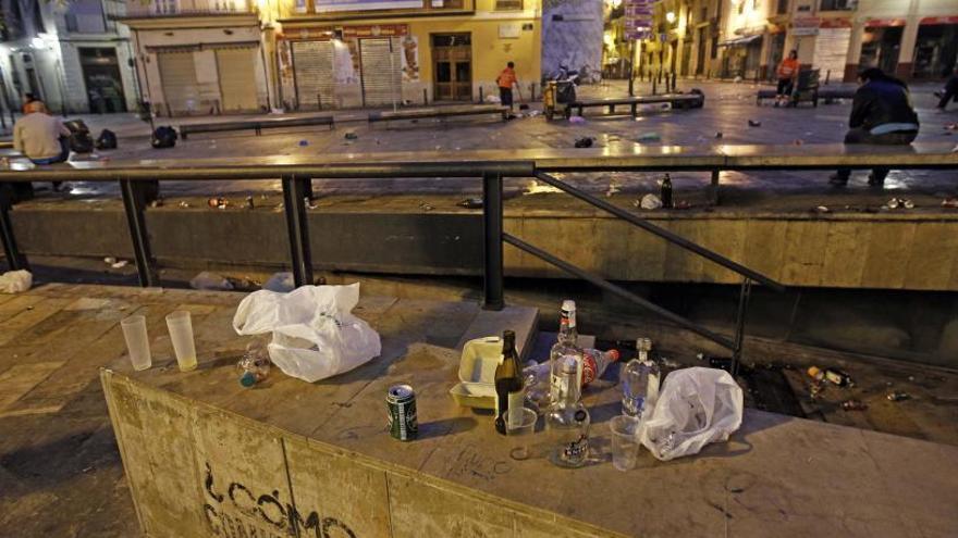 Amics del Carme denuncia l'augment de les baralles i del botelló a Ciutat Vella