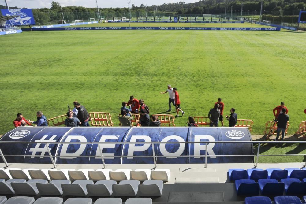 El Deportivo viaja mañana, viernes 14, a Málaga para disputar el sábado el partido de vuelta de las semifinales por el ascenso a LaLiga Santander.
