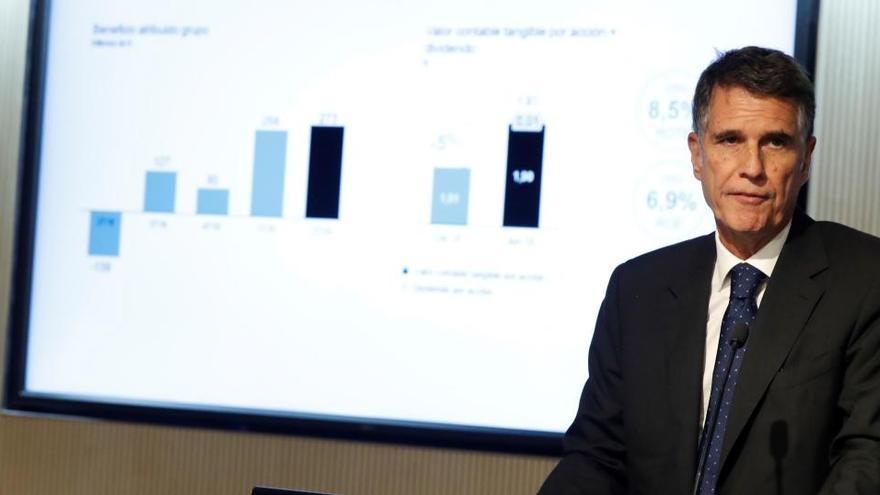 El Sabadell descarta participar en fusiones y prevé cerrar el año sin pérdidas