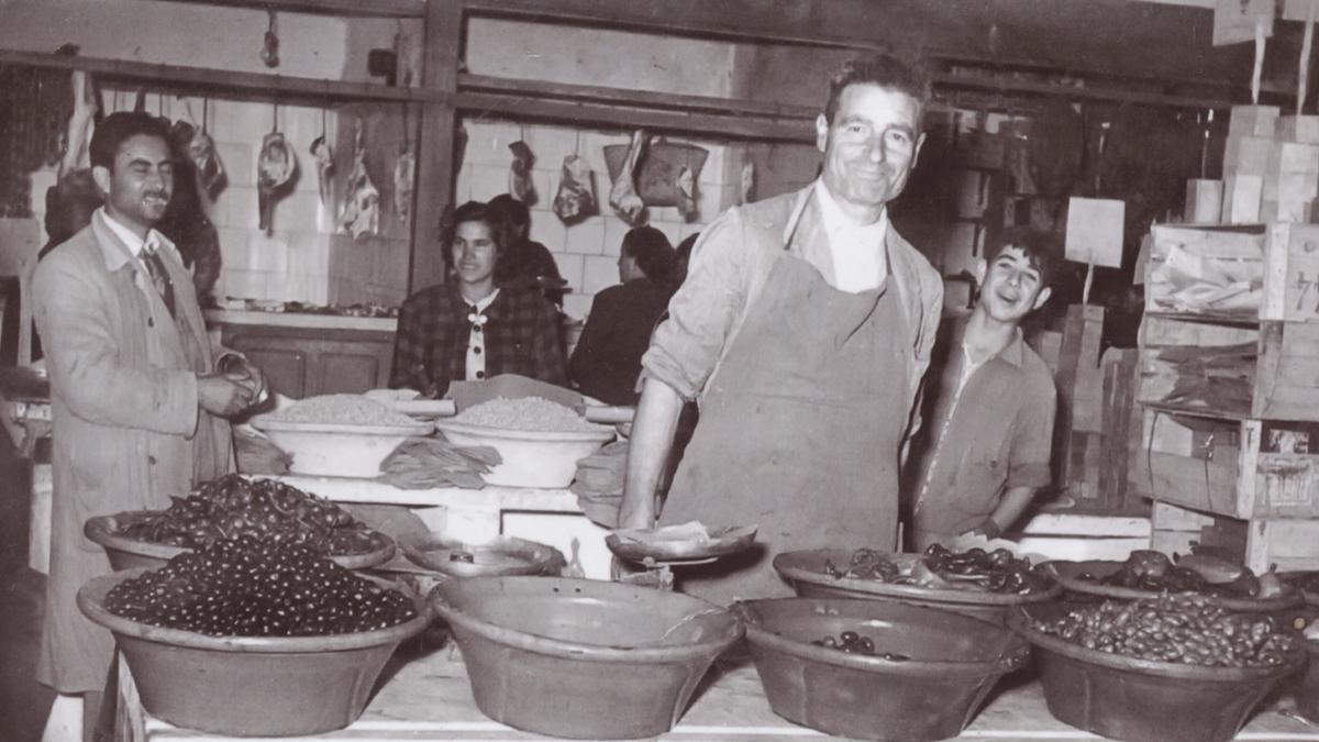Aceitunas Bernal lleva 121 años elaborando aceitunas en Callosa de Segura.