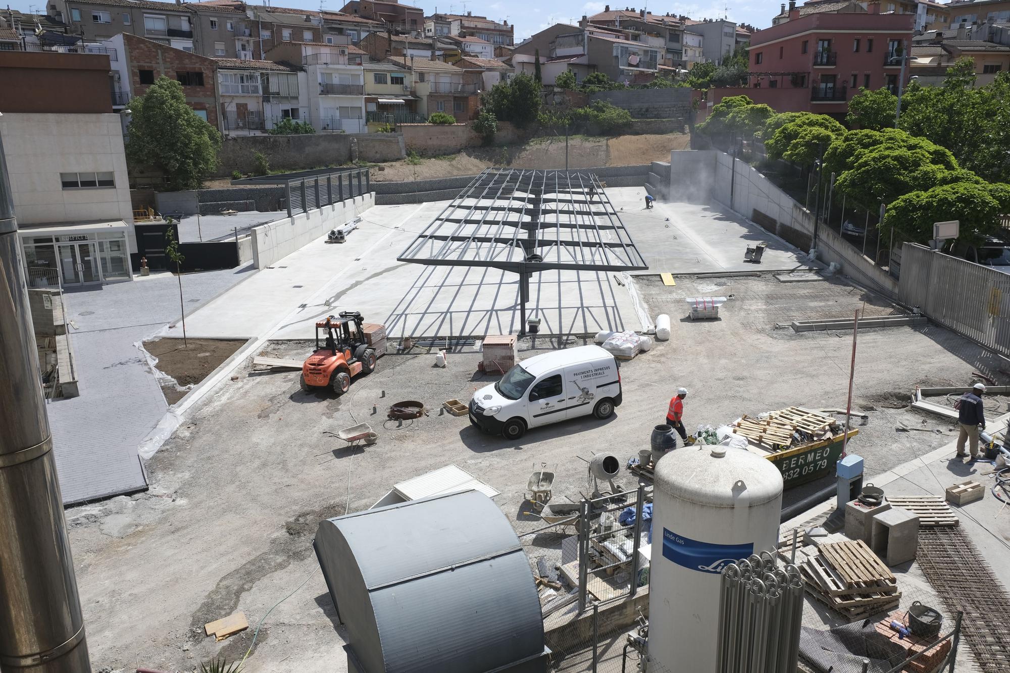 Obres de construcció del nou pàrquing de ja Clínica
