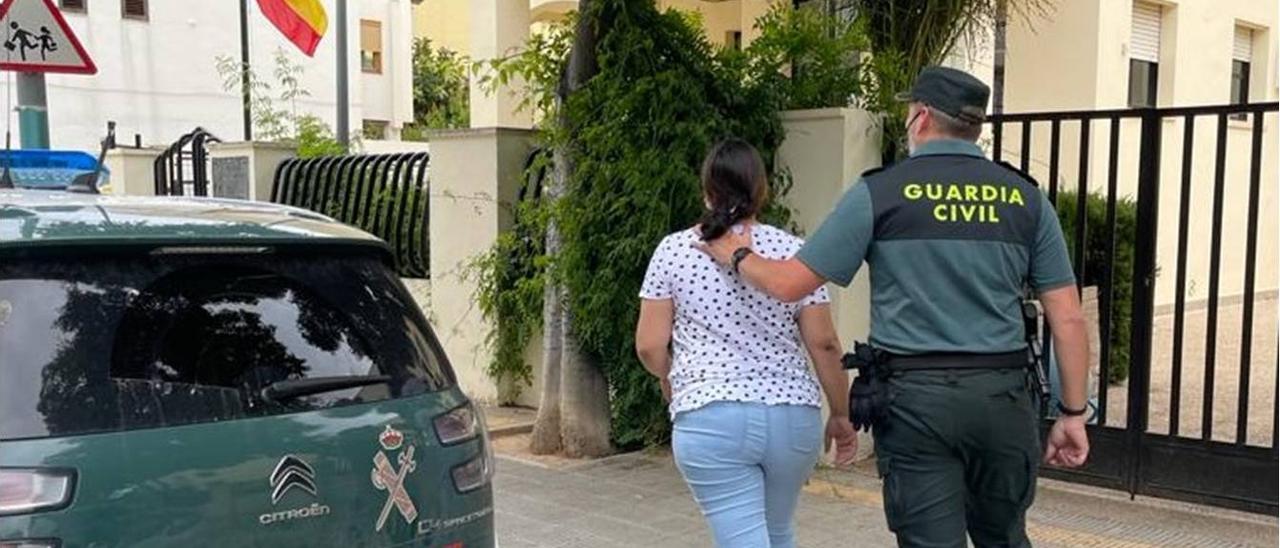 Presunta integrante de una banda de cogoteros detenida en Calp