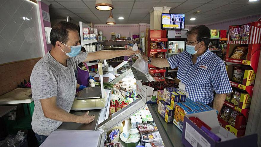Ayuda bienvenida en Torres Torres para las entregas a domicilio