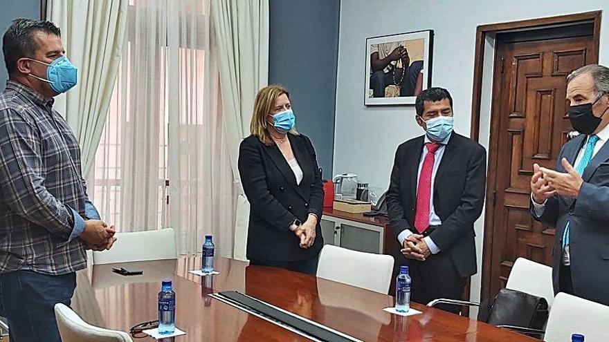 El embajador de Nicaragua propone a Langreo un hermanamiento