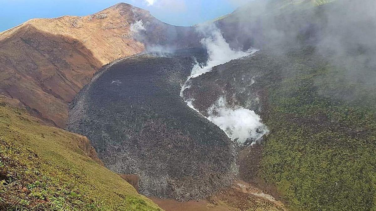 Imagen de la erupción ocurrida en la isla de San Vicente.