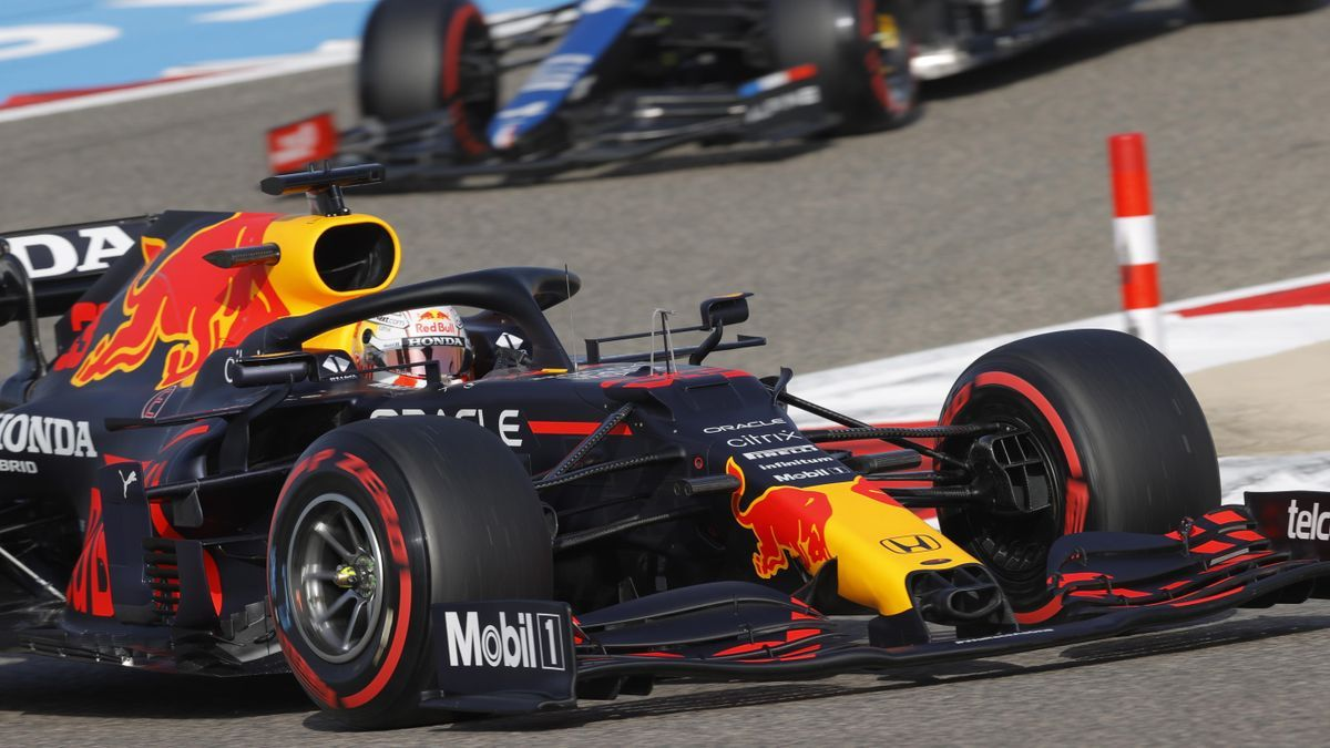 Max Verstappen wins first pole of the season in Bahrain