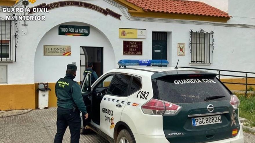 Dos detenidos por robar en una casa de Montijo tras abordar a un hombre mayor cuando entraba en el inmueble
