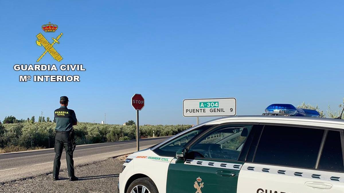 Patrulla de la Guardia Civil de Puente Genil.