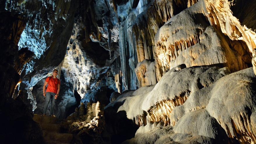 Cultura divulgará los proyectos de investigación de la Cueva de Ardales