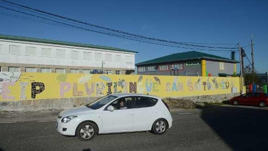 El colegio San Bartolomé clama contra la actitud de Educación