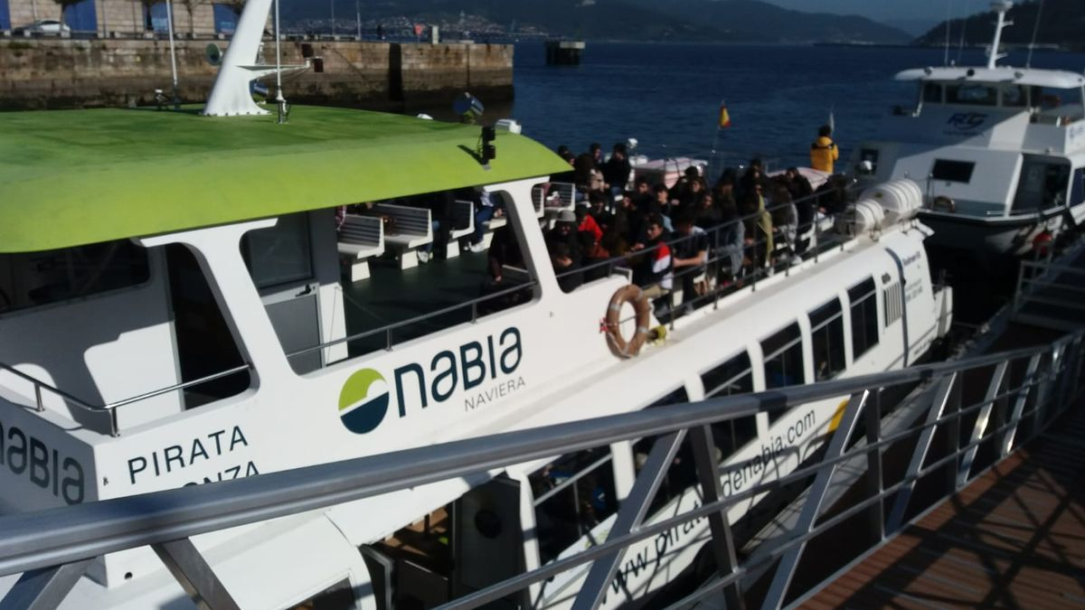 Barco de Nabia en la ruta diaria entre Moaña y Vigo. / G.N.