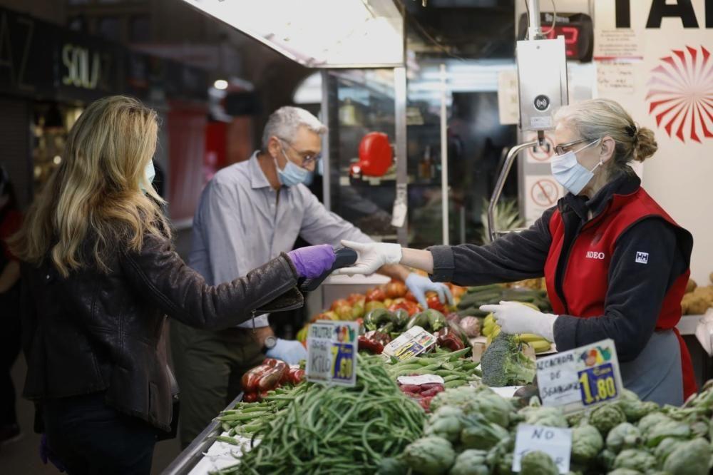 Multa al Mercado Central por no usar guantes ni mascarillas en la crisis del coronavirus