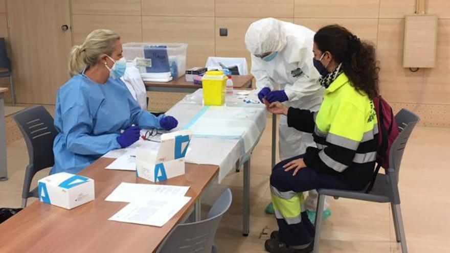 Pruebas contra el coronavirus a empleados de centros educativos
