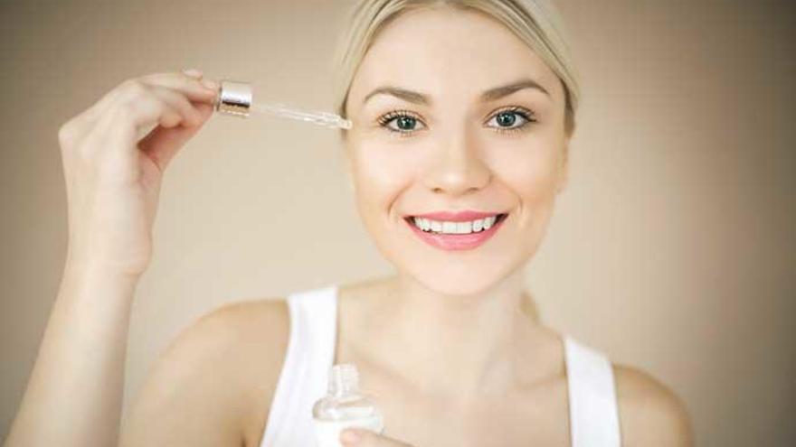 ¿Qué es el sérum facial y cómo debes usarlo?