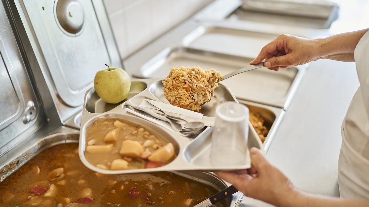 Fundación DinoSol dona 355 toneladas de alimentos durante 2020 para luchar contra la pobreza