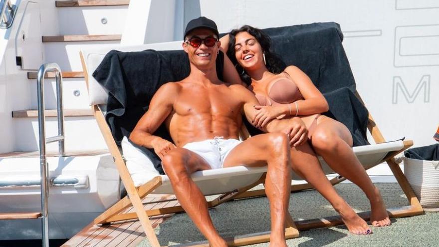 Cristiano Ronaldo disfrutando las vacaciones con su familia en Mallorca