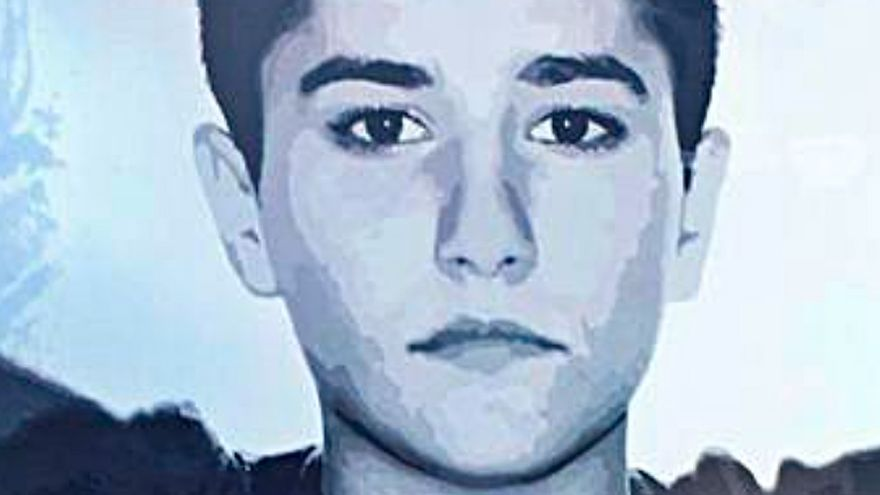 Los abogados proponen cotejar con más de 30 personas los restos hallados en el cuerpo de la joven de Vigo hallada muerta hace 20 años