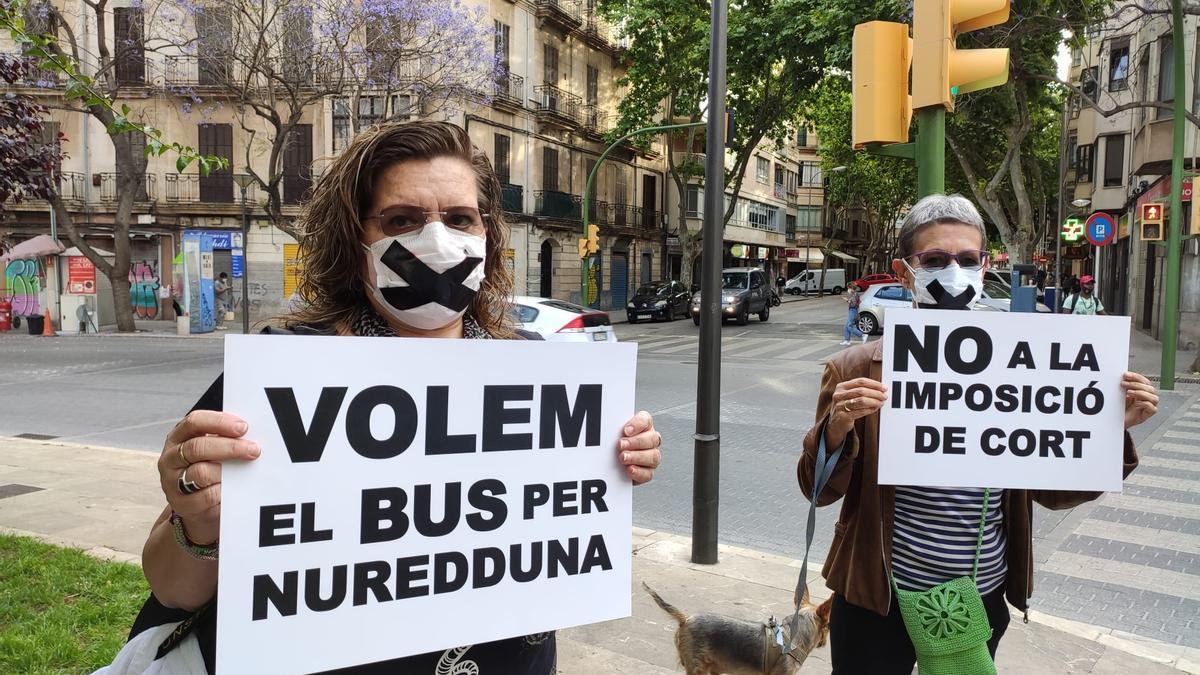 Miembros de la plataforma 'Pere Garau Més Que Nuredduna'
