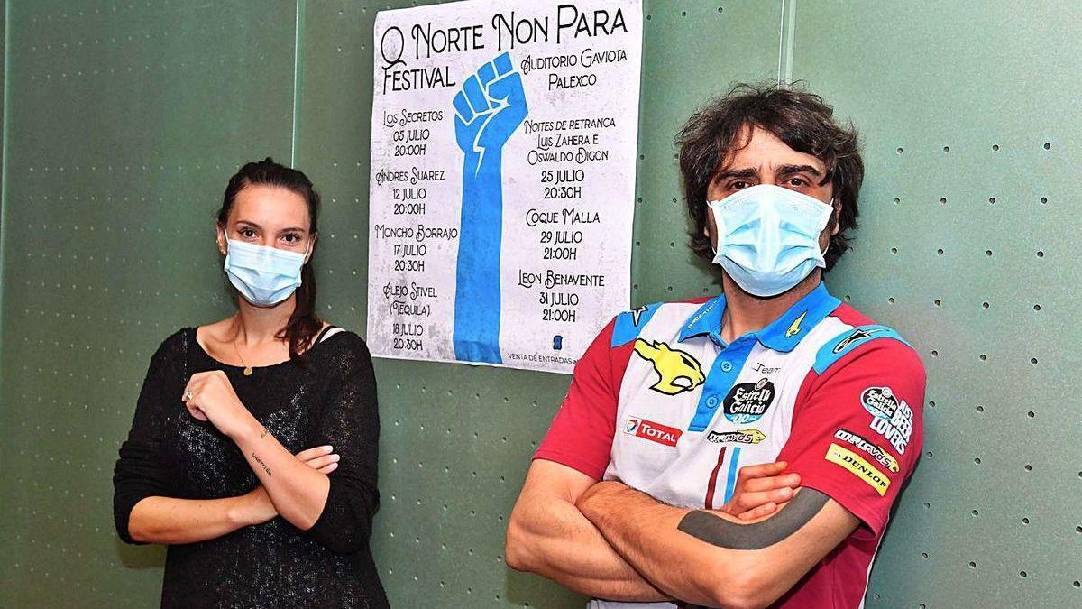 Tais San Vicente, del grupo Comar, y Santiago Segret, de Rababiero, en la presentación del festival.