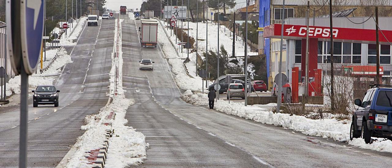 Restos de nieve en Bocairent tras el paso del temporal Gloria, en una imagen de archivo. | PERALES IBORRA