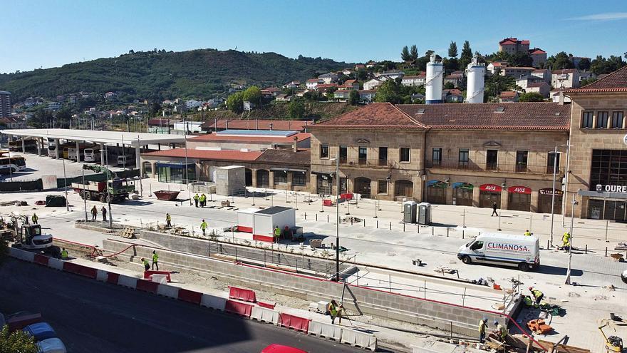 Adif culmina el parking de la estación del AVE, que prevé abrir al público a finales de julio