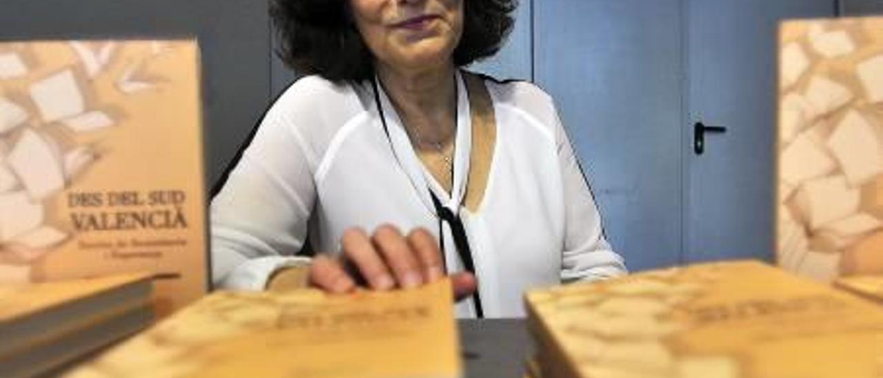 Tudi Torró, nueva miembro de la Acadèmia Valenciana de la Llengua.