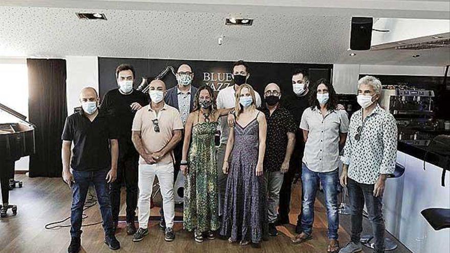 ProMúsics reclama a los hoteleros cachés dignos y contratos en régimen de artistas