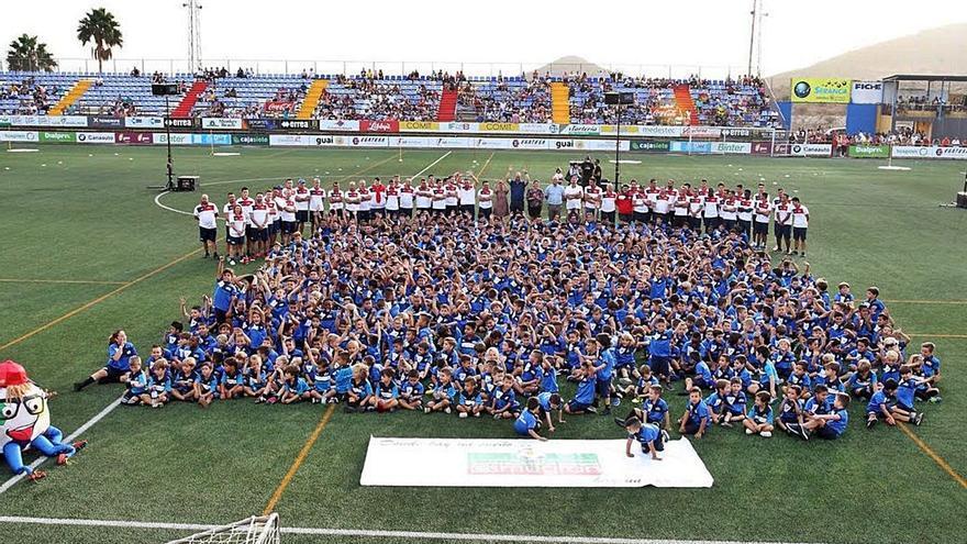 La escuela de fútbol, en riesgo por el impago de la subvención del año