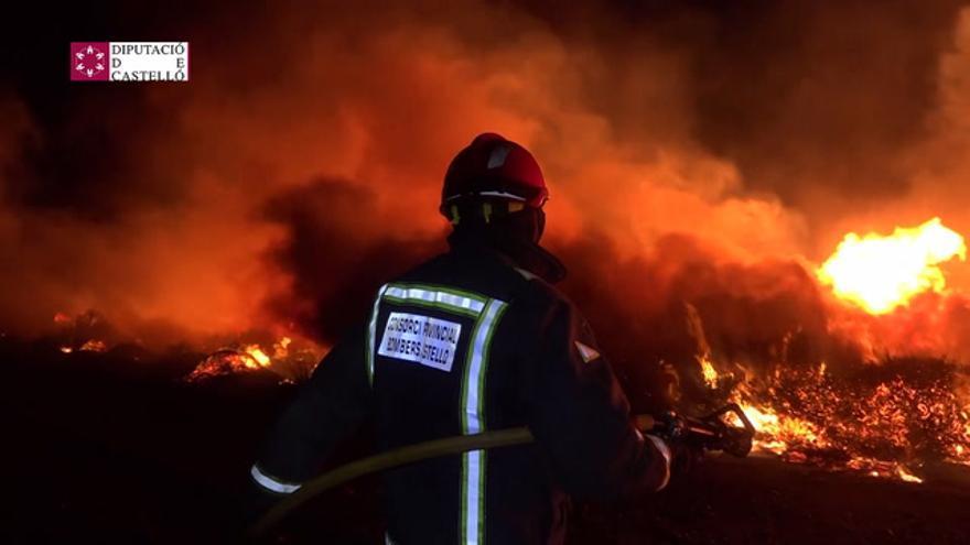 El incendio del Prat de Cabanes, estabilizado