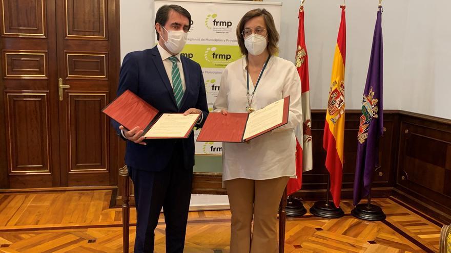 La Junta y la FRMP rubrican un protocolo para mejorar la sostenibilidad en los pueblos de Castilla y León