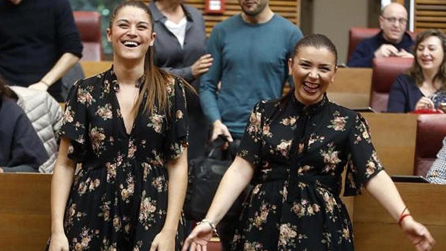 Dos diputadas de las Corts valencianas coinciden con el mismo vestido de Zara
