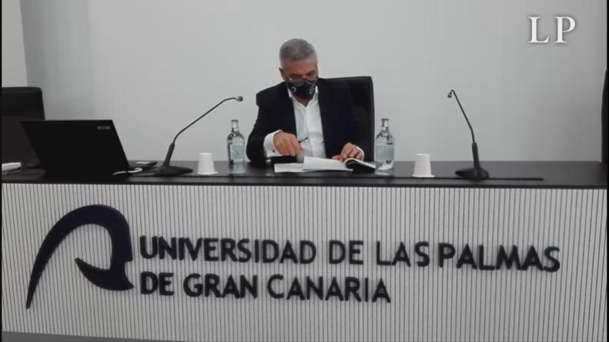 Lluis Serra presenta su candidatura a rector de la ULPGC