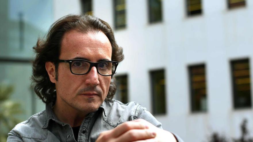 David Escamilla prepara nuevo disco con colaboraciones de Serrat y Ana Belén