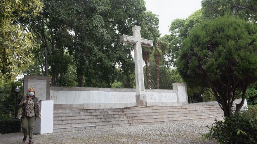 El Ayuntamiento de Castelló pedirá una reunión al obispo por la cruz del Ribalta