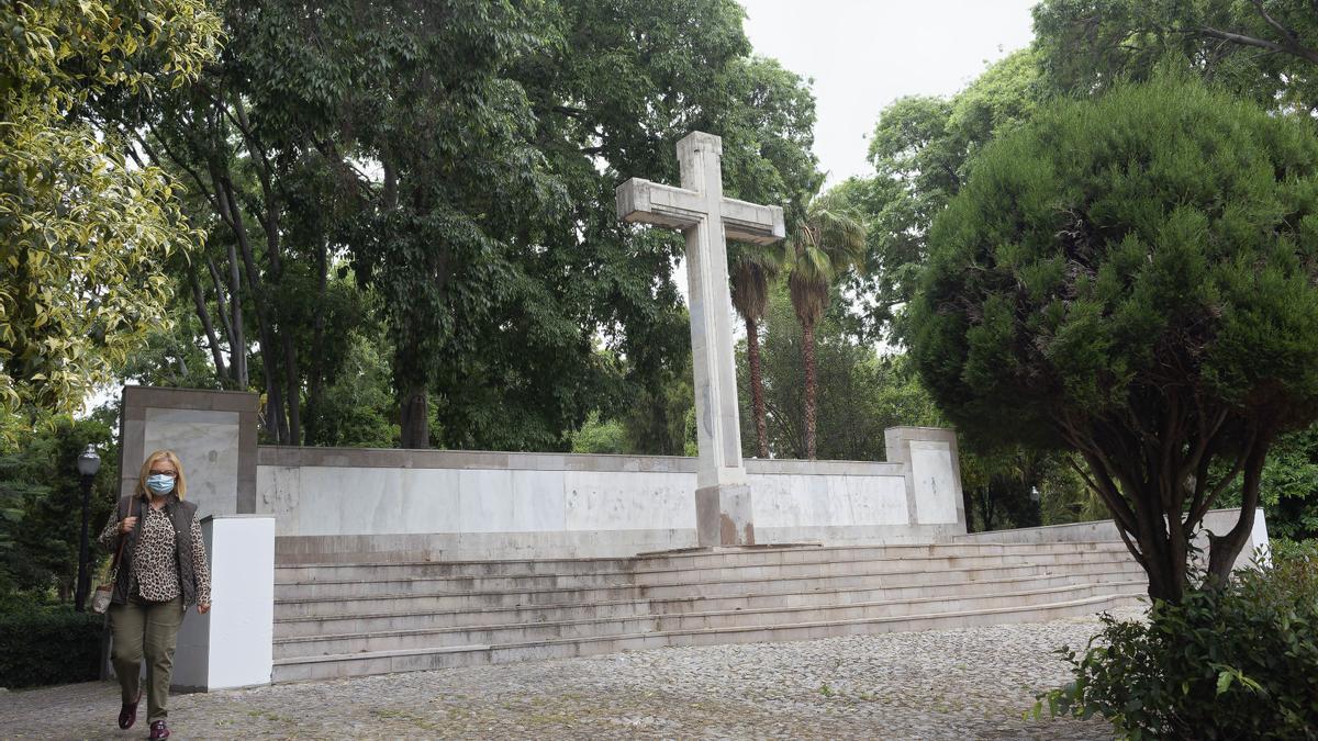Imagen de la cruz en el parque Ribalta de Castelló