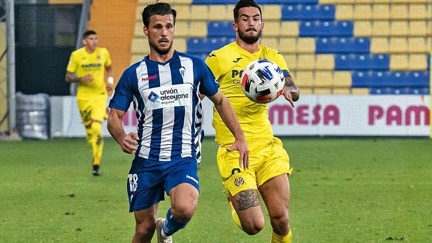 El Alcoyano se topa con un Villarreal B muy superior