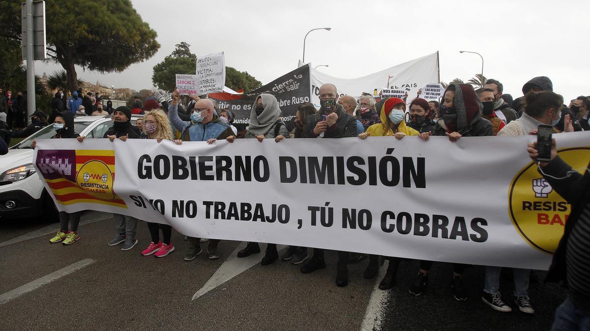 """BALEARES.-Resistencia Balear afirma que """"si el Govern no anuncia el martes la apertura de la restauración volverán a manifestarse"""""""