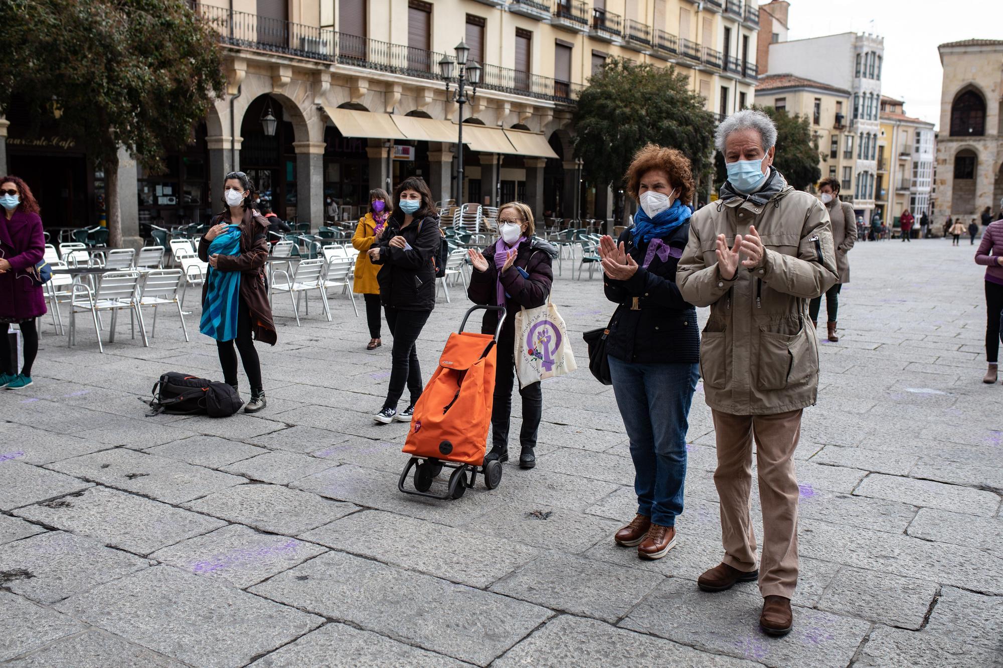 GALERÍA | Concentración de la Asamblea de Mujeres por el 8M en Zamora