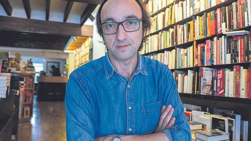 Fernández Mallo celebra la apropiación cultural de Rosalía