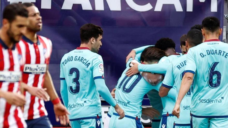 El Levante enciende las alarmas en el Atlético