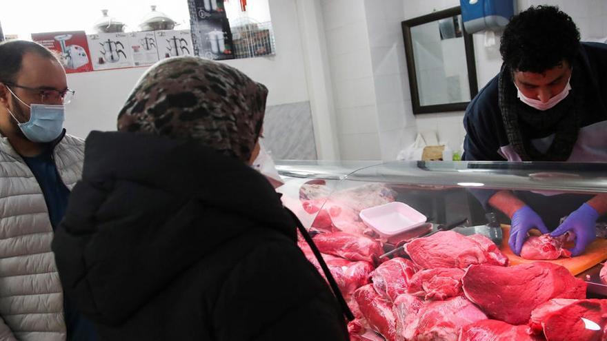Dos millones de musulmanes de España viven su primer Ramadán en confinamiento