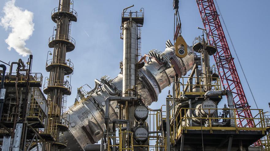 Las emisiones contaminantes cuestan 45 millones a la industria valenciana