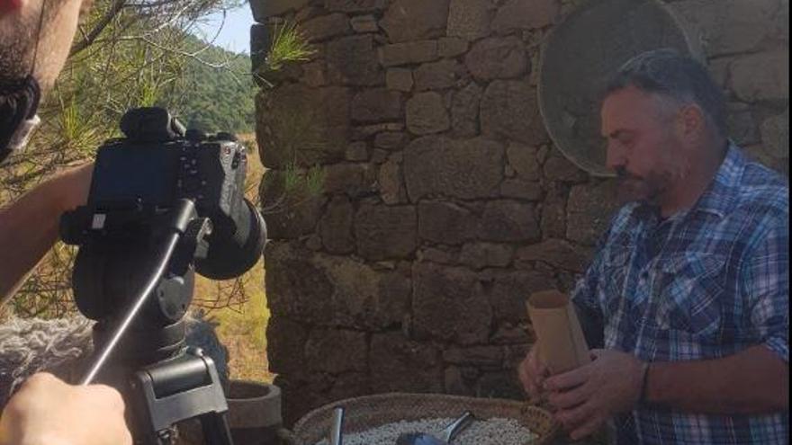 La Fira de la Mongeta de Castellfollit supera amb èxit la seva prova virtual